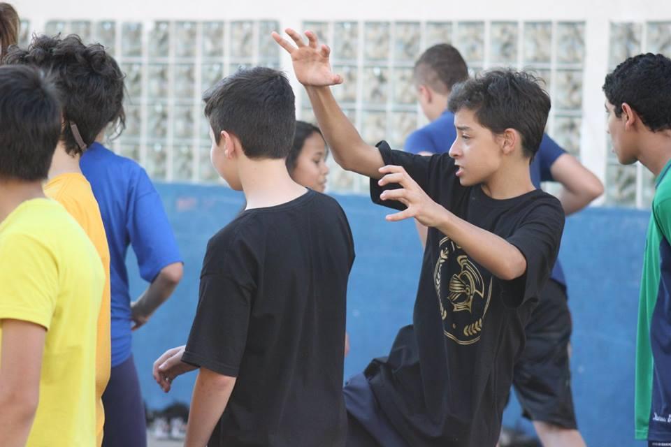 Crianças brincando no Programa CEDUCA Journey
